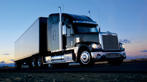 Freightliner-wallpaper-1366x768
